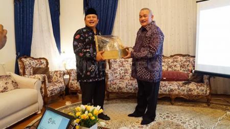 Gubernur Sumatera Selatan, Alex Noerdin. - INDOSPORT