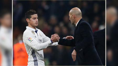 Pemain bintang Real Madrid, James Rodriguez (kiri) dan pelatihnya, Zinedine Zidane. - INDOSPORT