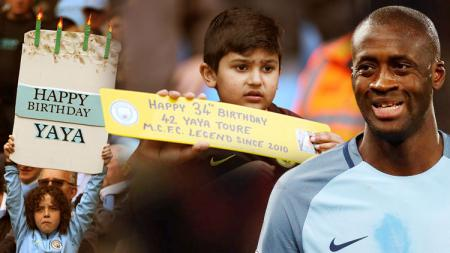 Yaya Toure mendapat poster ucapan selamat ulang tahun dari fans cilik. - INDOSPORT