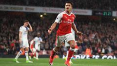 Indosport - Bintang Arsenal, Alexis Sanchez melakukan selebrasi setelah mencetak gol ke gawang Sunderland.