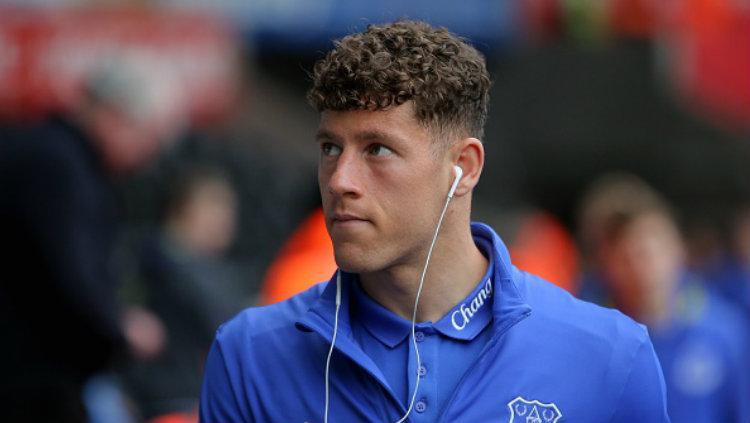 Gelandang andalan Everton, Ross Barkley kabarnya akan dijual dengan harga 50 juta poundsterling. Copyright: Athena Pictures/Getty Images