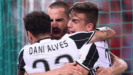 Pemain Juventus melakukan selebrasi. - INDOSPORT