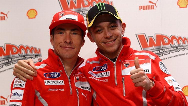 Valentino Rossi ketika berduet dengan Nicky Hayden di Ducati. Copyright: Vladimir Rys/Getty Images