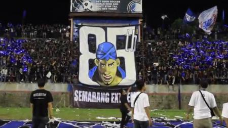 Aksi Semarang Extreme di HUT PSIS Semarang. - INDOSPORT