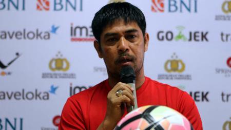 Pelatih Semen Padang, Nilmaizar. - INDOSPORT
