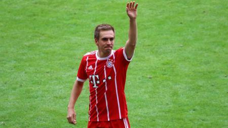 Philipp Lahm kala membela Timnas Jerman. - INDOSPORT