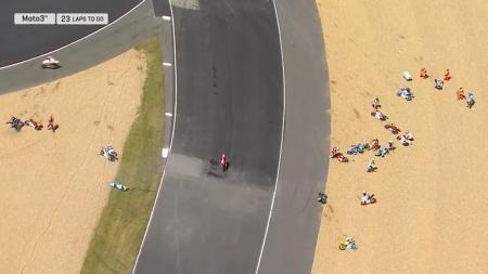 Balapan Moto3 di Sirkuit Le Mans. - INDOSPORT