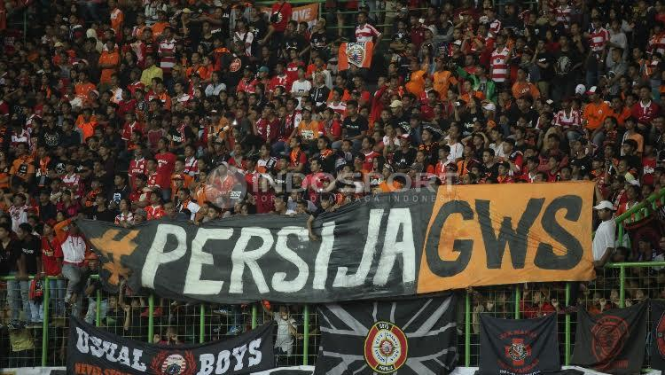 Spanduk dari Jakmania untuk Persija Jakarta. Copyright: Herry Ibrahim/Indosport