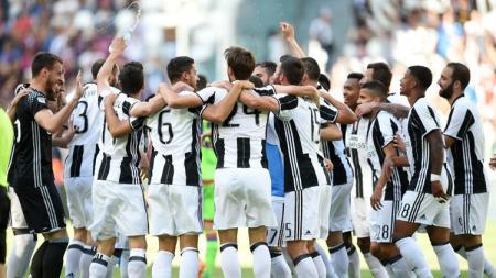 Juventus raih gelar scudetto usai benamkan Crotone 3-0. - INDOSPORT