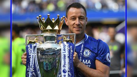 Legenda Chelsea, John Terry, mengungkapkan penyataan mengejutkan bahwa dirinya nyaris menyusul jejak David Beckham untuk bergabung dengan Manchester United. - INDOSPORT