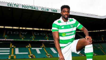 Bek tengah Glasgow Celtic, Kolo Toure. - INDOSPORT