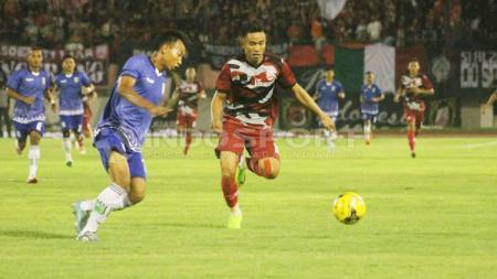 Mantan pemain Persib Bandung, Rudiyana (kanan). - INDOSPORT