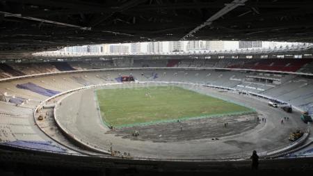Gelora Bung Karno saat ini tengah dalam proses renovasi jelang Asian Games 2018. - INDOSPORT