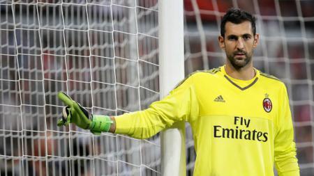 Kiper AC Milan, Diego Lopez resmi bergabung dengan Espanyol. - INDOSPORT