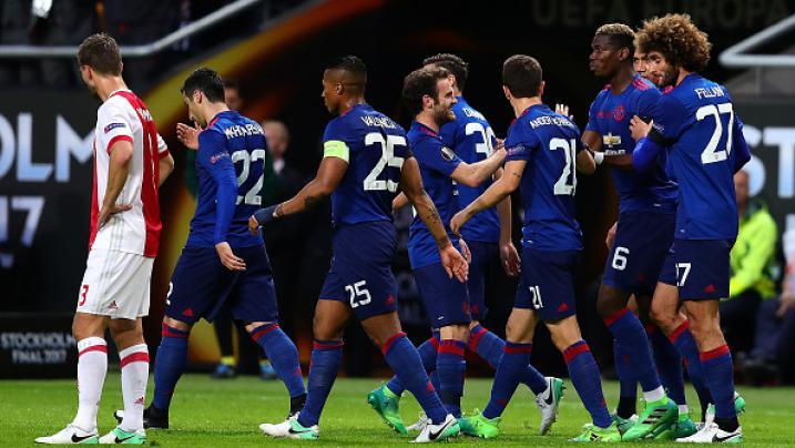 Pesta Juara Man United Usai Raih Gelar Liga Europa di Swedia