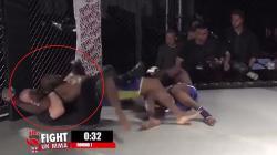 Seorang wasit MMA mencekik salah satu petarung.