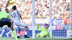 Paulo Dybala membuat gol penyama kedudukan saat Juventus menaklukkan Bologna.