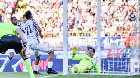 Paulo Dybala membuat gol penyama kedudukan saat Juventus menaklukkan Bologna. - INDOSPORT