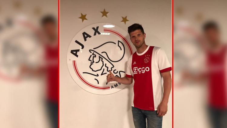Klaas-Jan Huntelaar, kembali perkuat Ajax Amsterdam. Copyright: Twitter Klaas-Jan Huntelaar.
