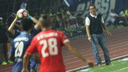Arema FC saat menghadapi Persija Jakarta. - INDOSPORT