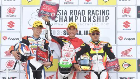 Gerry Salim meraih juara pada race 1 AP250 ARRC 2017 di Sirkuit Suzuka, Jepang. - INDOSPORT