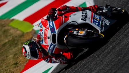 Jorge Lorenzo di sesi latihan bebas GP Italia 2017. - INDOSPORT