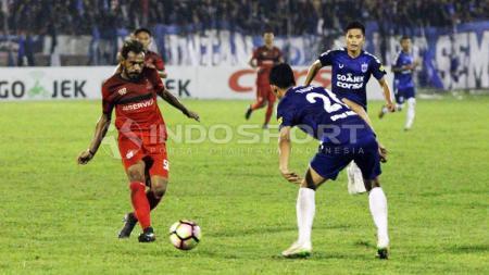 Derby Jateng antara PSIS Semarang melawan Persijap Jepara. - INDOSPORT