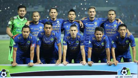 Skuat Persib Bandung saat hadapi Bhayangkara FC - INDOSPORT