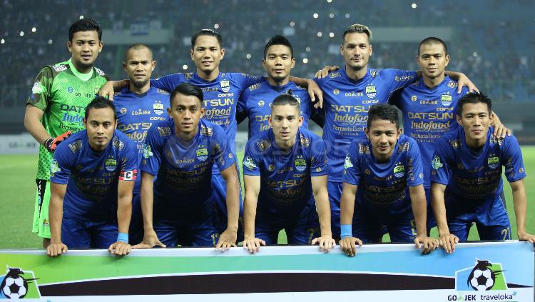 Skuat Persib Bandung saat hadapi Bhayangkara FC Copyright: INDOSPORT/Herry Ibrahim