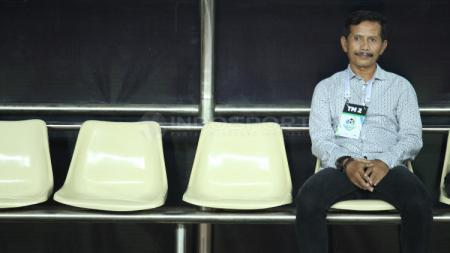 Djajang Nurdjaman baru saja mundur sebagai pelatih Persib Bandung. - INDOSPORT