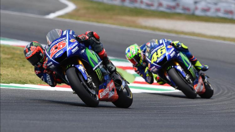 Maverick Vinales dan Valentino Rossi Copyright: twitter@YamahaMotoGP