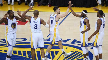 Golden State Warriors menang atas Cleveland Cavaliers. - INDOSPORT