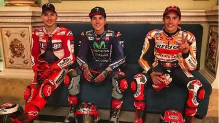 Jorge Lorenzo, Maverick Vinales, dan Marc Marquez menghabiskan waktu bersama di Catalunya. - INDOSPORT