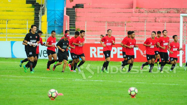 PSM Makassar sedang berlatih Copyright: Muhammad Nur basri/Indosport