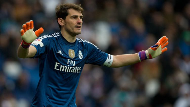 Iker Casillas saat masih membela Real Madrid. Copyright: Gonzalo Arroyo Moreno/Stringer
