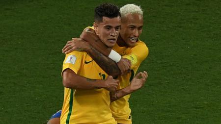 Coutinho dan Neymar ketika memperkuat Timnas Brasil. - INDOSPORT