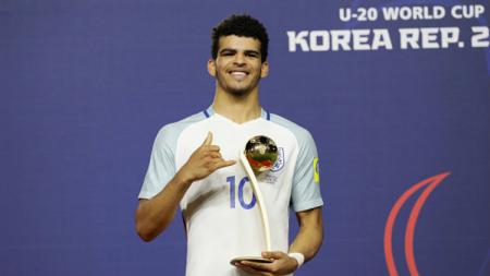 Dominic Solanke menyabet penghargaan Golden Ball di Piala Dunia U-20. - INDOSPORT