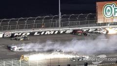 Indosport - Kecelakaan mengerikan yang terjadi dalam balapan IndyCar di Amerika Serikat.