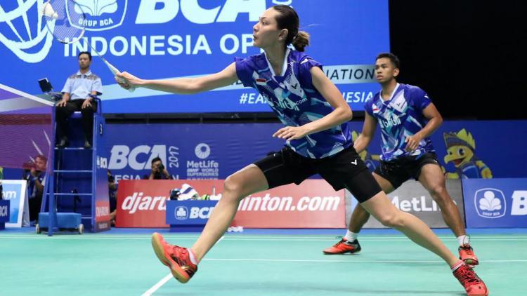 Edi Subaktiar/Gloria Emmanuelle Widjaja di babak pertama Indonesia Open 2017. Copyright: PBSI