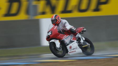 Pembalap motor Indonesia, Andi Gilang. - INDOSPORT