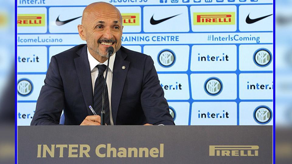 Luciano Spalletti, pelatih Inter Milan. Copyright: INDOSPORT