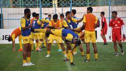 Situasi latihan para pemain Semen Padang.