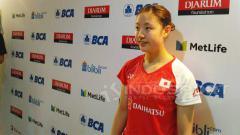 Indosport - Media China 'khawatir' pebulutangkis tunggal putri Jepang Nozomi Okuhara diprediksi bakal raih medali emas usai juara di Denmark Open 2020.