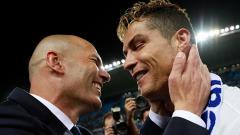 Indosport - Zinedine Zidane bereaksi terkait kemungkinan hengkang dari Real Madrid dan gabung Juventus sekaligus gantikan posisi Maurizio Sarri.