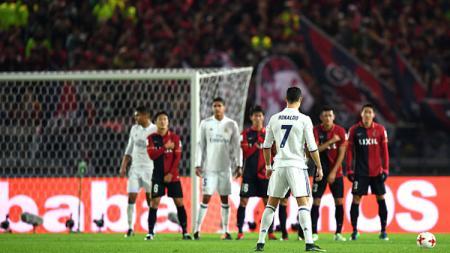 Maurizio Sarri tidak mempermasalahkan stastistik buruk Cristiano Ronaldo saat mengeksekusi tendangan bebas di Juventus. - INDOSPORT