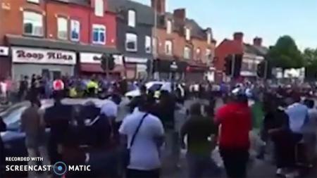 Kerusuhan pendukung Timnas Kriket Pakistan dan Timnas Kriket India. - INDOSPORT