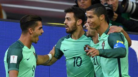 Pemain Portugal merayakan gol Cristiano Ronaldo. - INDOSPORT