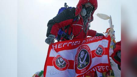 Ian Toothill panjat Gunung Everest. - INDOSPORT