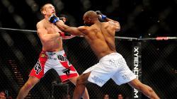 Ilustrasi pertarungan MMA.