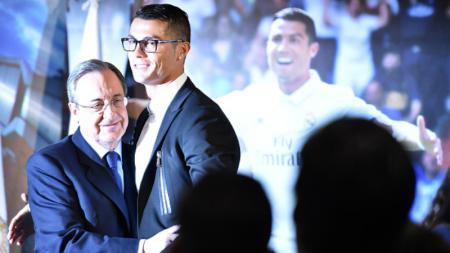Florentino Perez dan Cristiano Ronaldo. - INDOSPORT